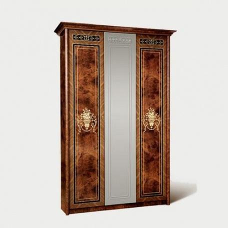 Шкаф 3-х дверный Карина-3 орех