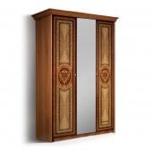 Шкаф 3-х створчатый Карина-1